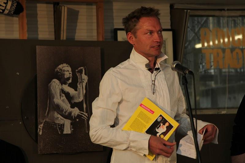 Trygve Mathiesen forfatteren truet på livet, han gikk i dekning! thumbnail